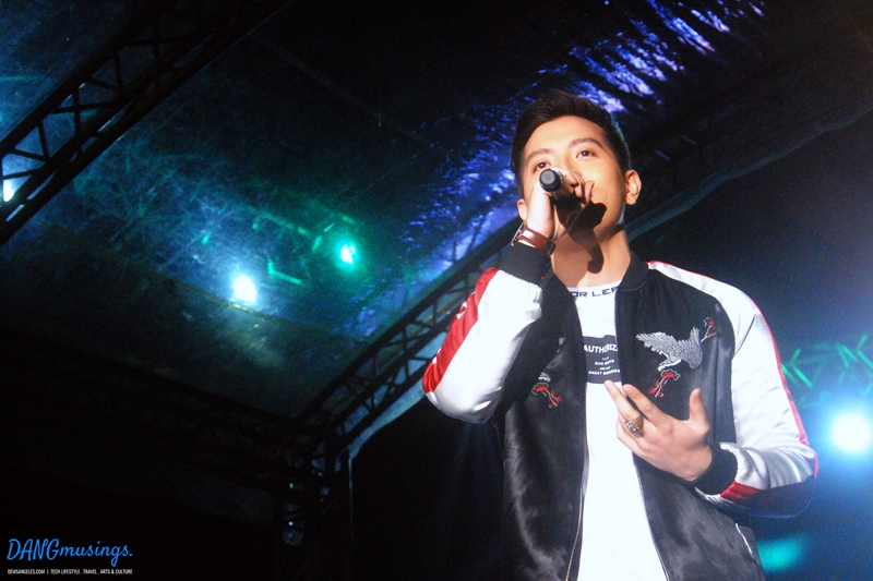 """Jason Dy serenaded the crowd with the song """"Be My Lady"""""""
