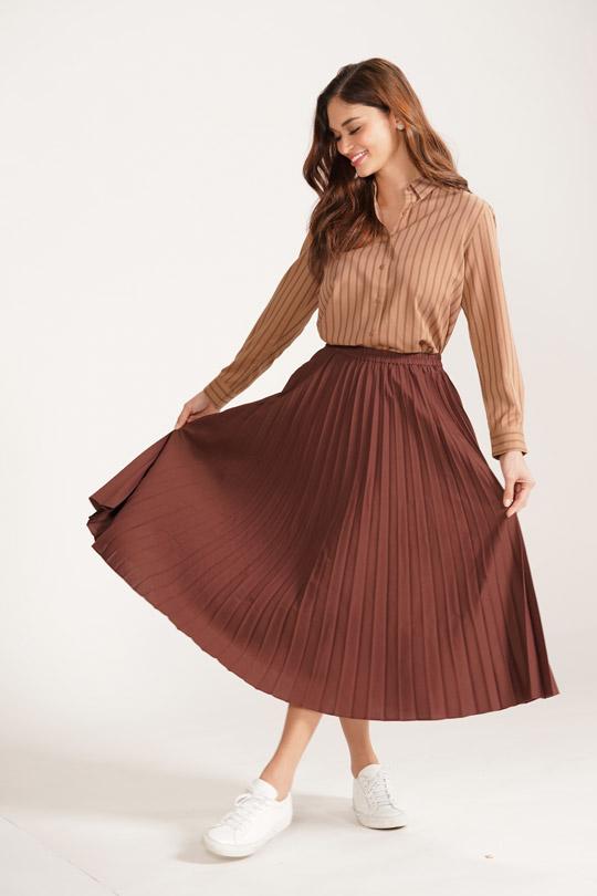 Uniqlo20FW Art & Design rayon blouse & chiffon skirt